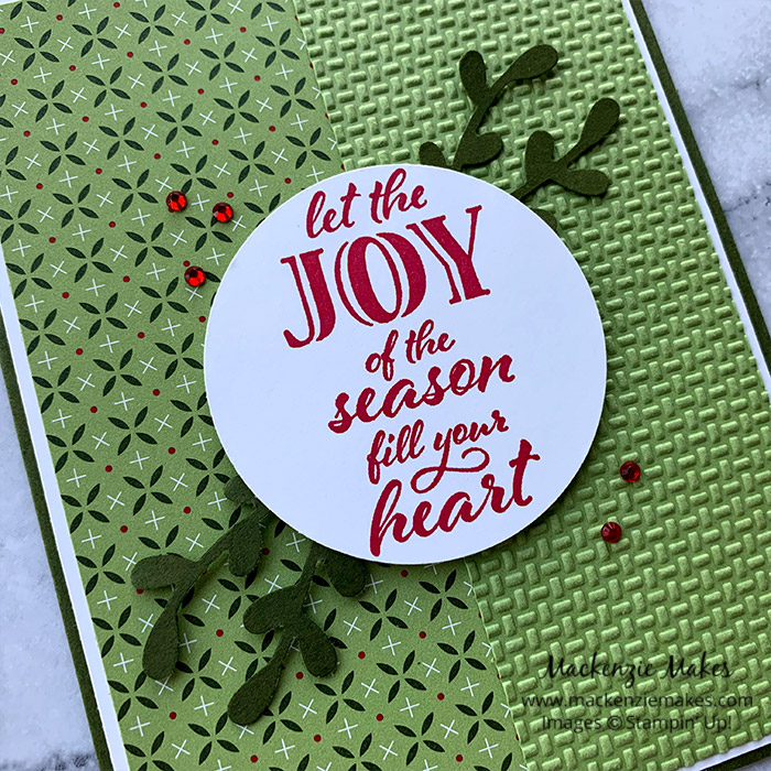 Wrapped in Christmas Cards – Click through to learn how to make some festive Christmas cards using the Wrapped in Christmas stamp set from Stampin' Up! | #mackenziemakes #stampinup | www.mackenziemakes.com